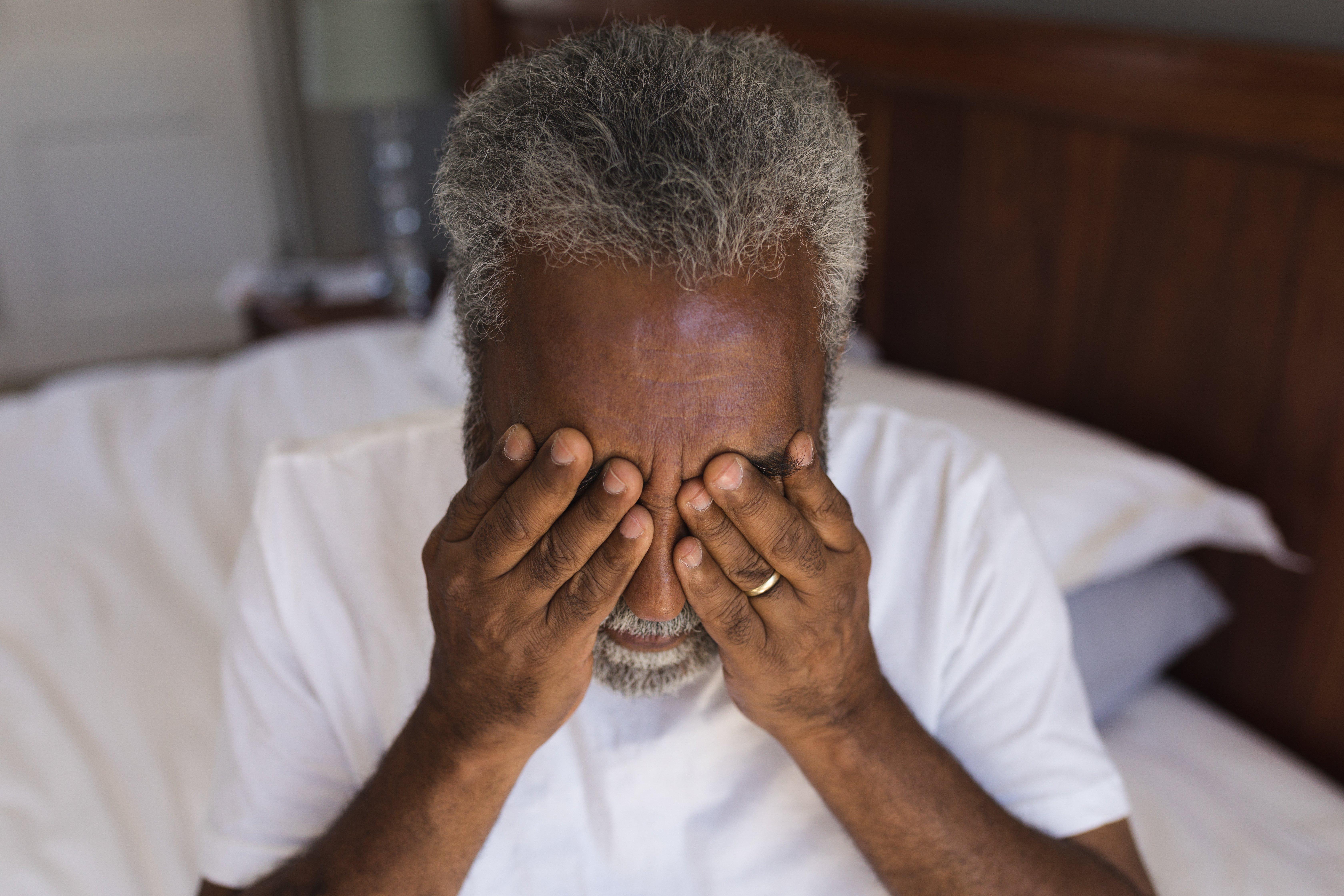 portrait-of-a-worried-senior-african-american-man--PGUXEZL